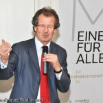 Manfred Nowak,  Prof. für Internationales Recht, Leiter des Ludwig Boltzmann Instituts für Menschenrechte und des Forschungszentrum Menschenrechte